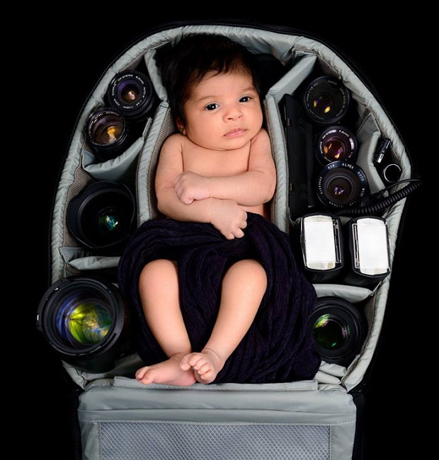 12d-Baby-Portraits-In-Camera-Bag