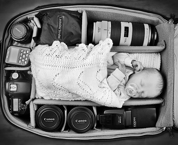 12e-Baby-Portraits-In-Camera-Bag